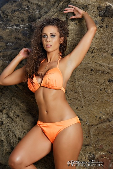 Laura Dore (Orange Bikini Shoot Set)